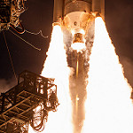 Jared: Delta IV / WGS-7: A close-up view of the engine and boosters which power the Delta IV Medium+(5,4)