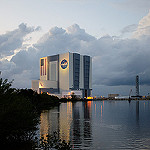 Jared: Atlas V / Orbital ATK Cygnus OA-4 CRS-4: Vehicle Assembly Building at Twilight