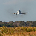 Super Guppy brings EM-1 capsule to KSC (Jared Haworth): Super Guppy on Final Approach