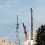 Falcon 9 / CRS-8 Launch: Liftoff!