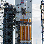 Delta IV Heavy / NROL-37 (Jared & Dawn Haworth): Delta IV Heavy in the early morning sun