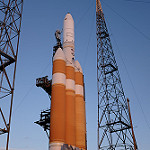 Delta IV Heavy / NROL-37 (Jared & Dawn Haworth): Delta IV Heavy lit by early morning sunlight