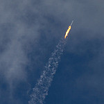 Falcon 9 / CRS-12 (Bill & Mary Ellen Jelen): Vapor Trail