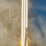 Falcon Heavy / FLT-1 Demonstration (Michael Seeley): SpaceX Falcon Heavy: 20-seconds. Final edits and extended caption.