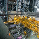 Pathfinder Goes Vertical in VAB (Bill Jelen): Aft Crane