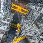Pathfinder Goes Vertical in VAB (Bill Jelen): Foreward Crane